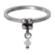 Charmins ring 088 hangende zirkonia melkwit