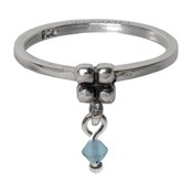 Charmins ring 093 hangende zirkonia melkblauw
