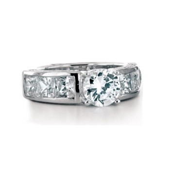 Luxenter ring R137 met zirkonia
